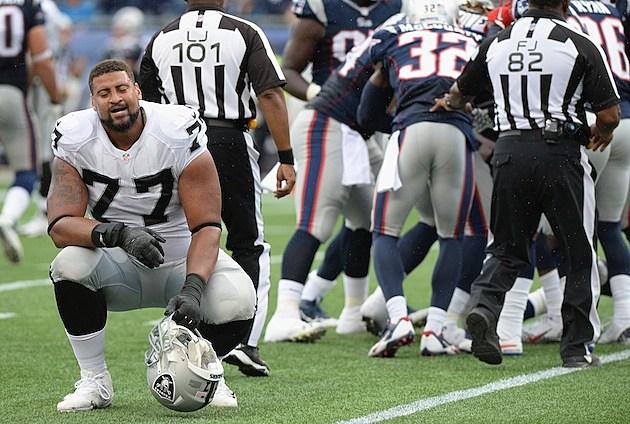 Oakland Raiders v New England Patriots